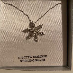 Diamond necklace Snowflake